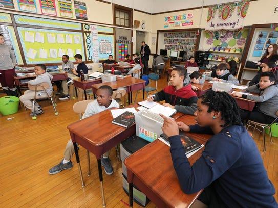 Amanda Manginelli's 6th grade ELA class at the Columbus