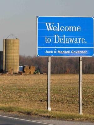 A Delaware welcome sign on Del. 12 near Whiteleysburg Road is shown on Dec. 31, 2014. New census data is showing how the state's population has shifted.