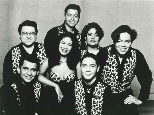 Selena y Los Dinos, publicity photo from EMI Latin, received March 1995.