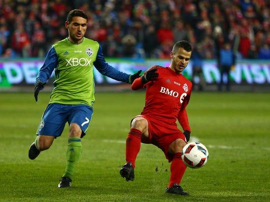 Toronto FC forward Sebastian Giovinco (10) kicks the