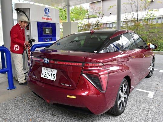JAPAN-CLIMATE-WARMING-COP21-HYDROGEN