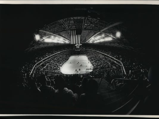 1988 Press Photo Arena was designed so that every seat would have a clear view