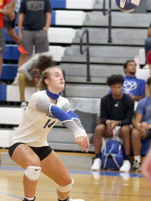 Boonville junior Addi Brownfield serve receives in the second set Monday night against Eldon in Tri-County Conference action at the Windsor gymnasium. The Mustangs defeated Boonville in three sets 18-25, 14-25 and 17-25.