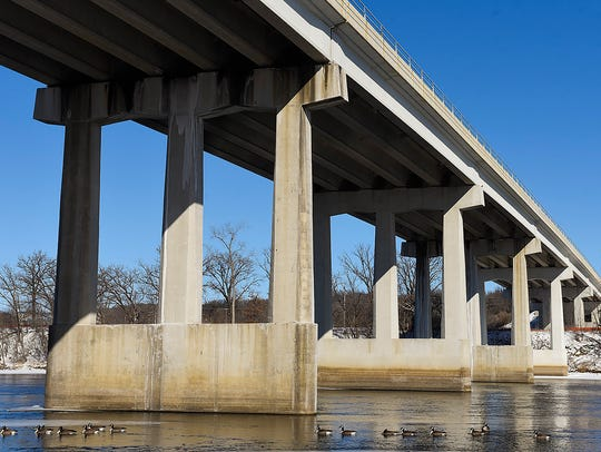 The Mississippi River bridge will undergo construction