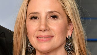 Mira Sorvino attends the 2018 Vanity Fair Oscar Party hosted by Radhika Jones at Wallis Annenberg Center for the Performing Arts on March 4, 2018 in Beverly Hills, California.