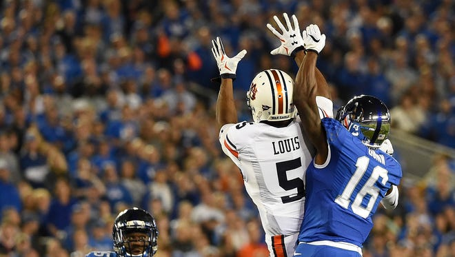Auburn receiver Ricardo Louis (5) established a career high in receiving yards in Thursday's win at Kentucky.