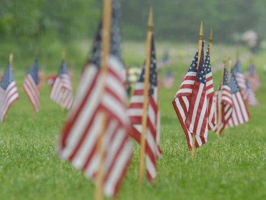 636004610994005411-memorial-flags..jpg