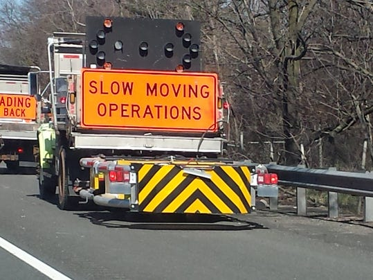 -construction signs.JPG_20140411.jpg