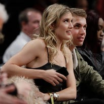 Genie Bouchard's date buys her special gift