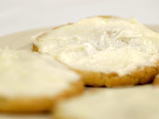 """Christmas Cardamom """"Kicks"""" with Lemon Icing"""