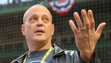 As Cubs trail in World Series, Vince Vaughn doesn't want to hear anything negative