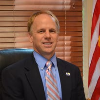 Hendersonville mayor's budget plan lacked safety equipment, testing, personnel needed for grant