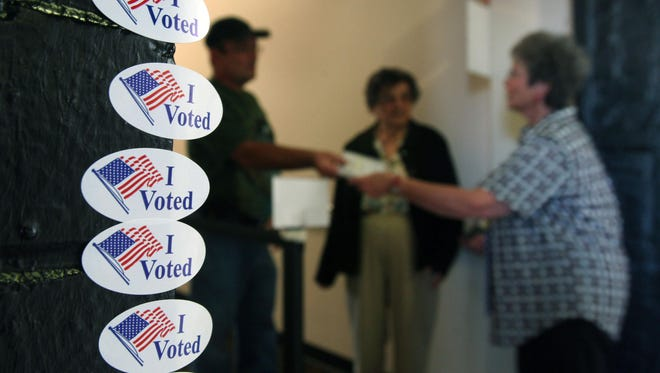 Early voting for the Nov. 8 election begins Wednesday in Tennessee.