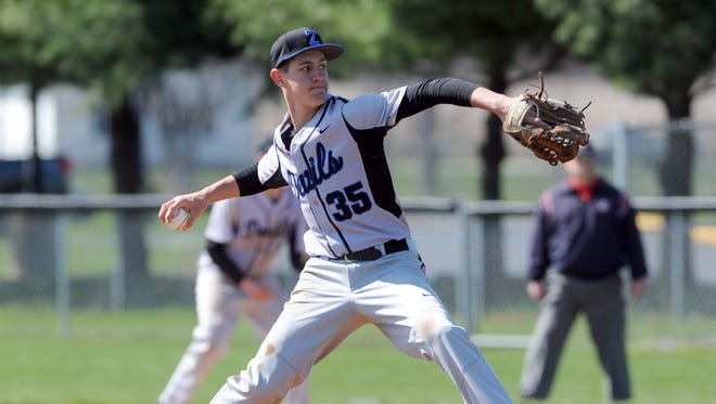 Zanesville's Caden Mumaw throws a pitch during a game last season. Mumaw returns to anchor the Blue Devils' rotation.