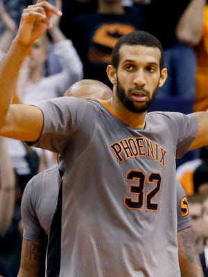 Phoenix Suns' Brandan Wright (32).