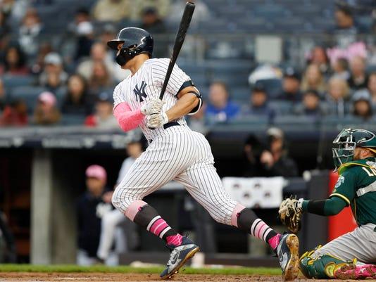 Athletics_Yankees_Baseball_52589.jpg