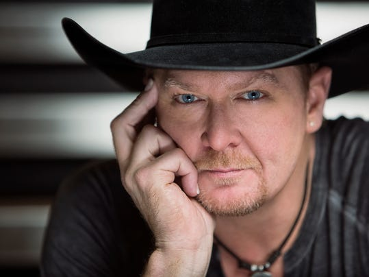 Tracy Lawrence-Press1.jpg