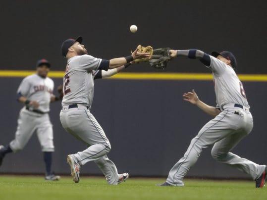 Indians_Brewers_Baseball_90749.jpg