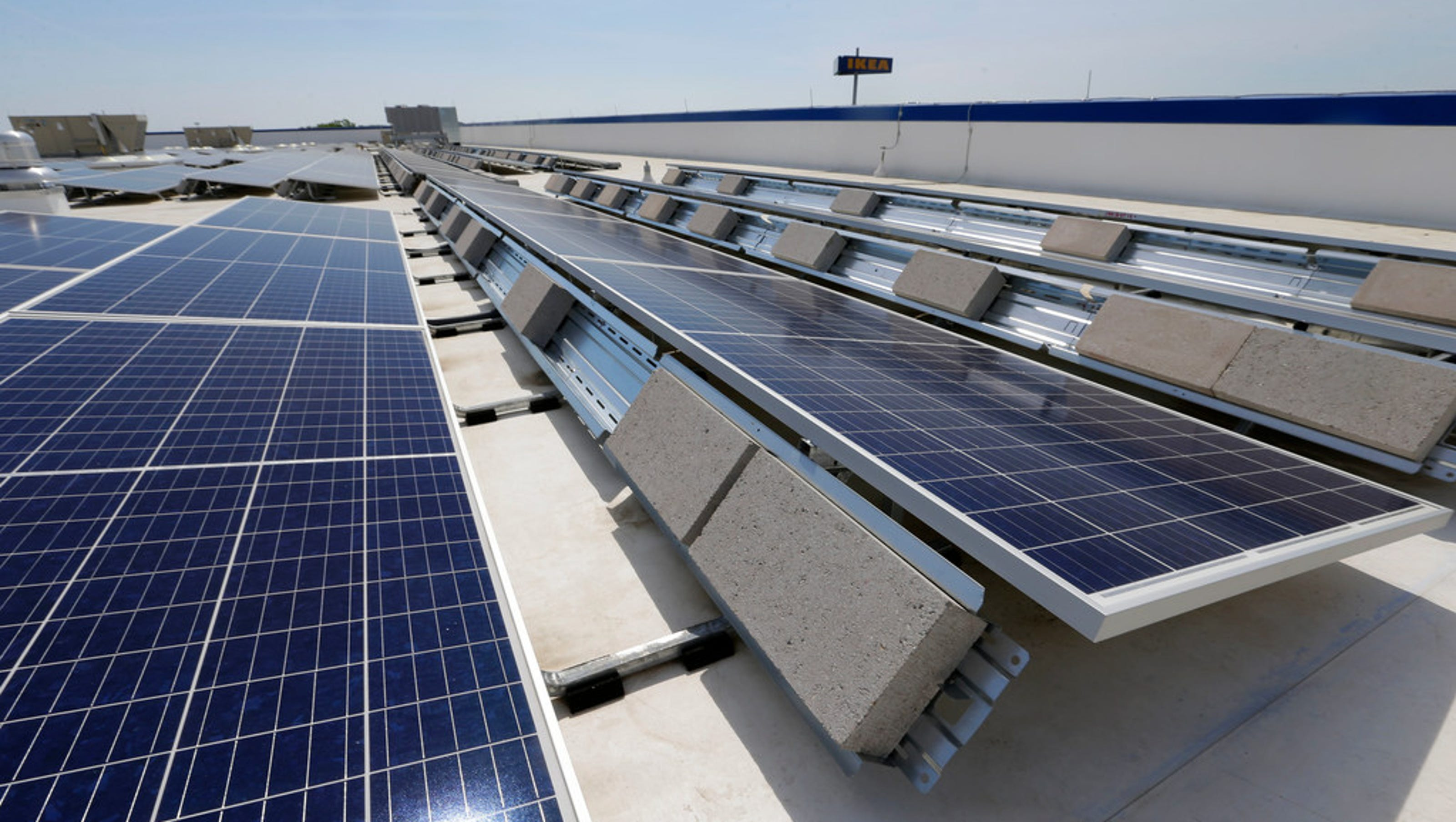 Ikea S New Store In Oak Creek Is Partly Powered By Solar Energy