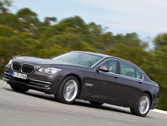 BMW puts diesel into flagship 7-series