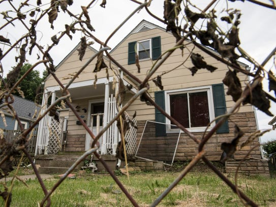 The house on 914 Jefferson Ave. has been foreclosed