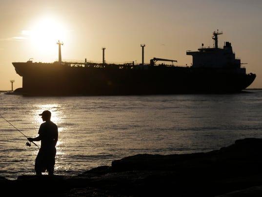 AP OIL PRICES F FILE USA TX