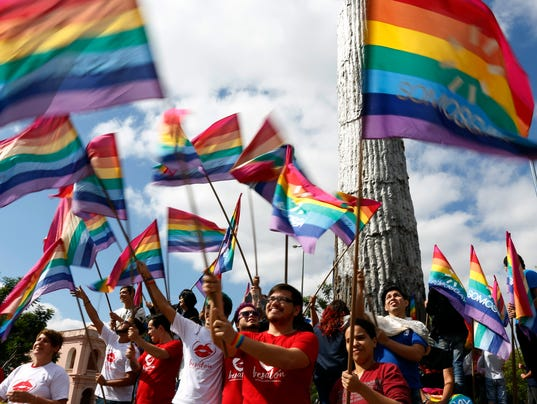 Kiss-A-Thon against homophobia in Paraguay