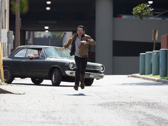 Blayne-Weaver-runs-during-a-chase-on-set---Photo-by-Jim-Noetzel.jpg