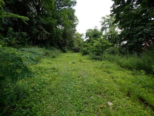 Yonkers rail trail bike path