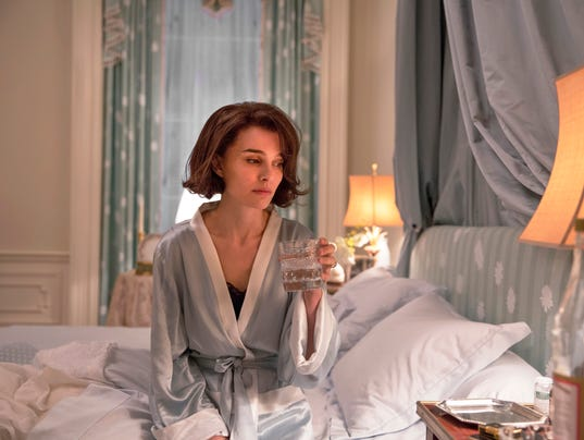 636165488070128401-AP-Film-Review-Jackie-NYET7.jpg