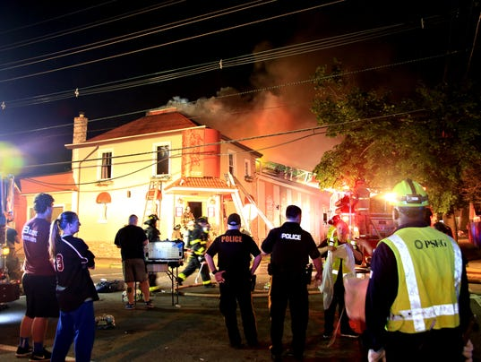 4 alarm fire rips through the balcony restaurant and bar for The balcony restaurant