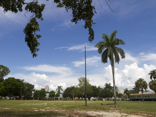 There are plans to build a new fire station on the lot where the downtown Fort Myers library used to be.