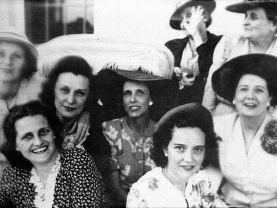 Early members of the Tallahassee Garden Club.