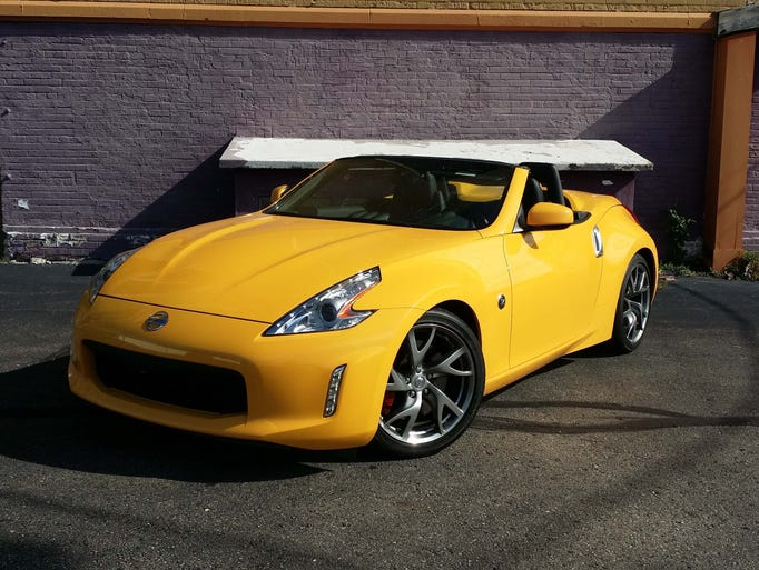 True to its 1970s roots, the 2017 Nissan 370Z remains