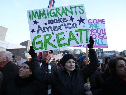 636213979694022123-Immigration01-Sam.jpg