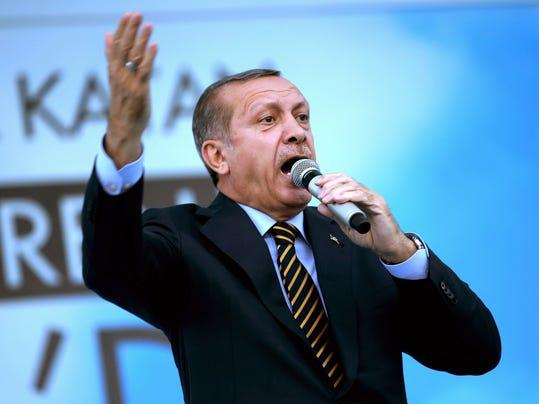 2014 216492333-Turkey_Presidential_Elections_ANK106_WEB883103.jpg_20140725.jpg