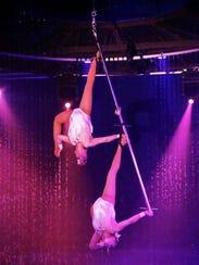 Cirque Italia's perch act