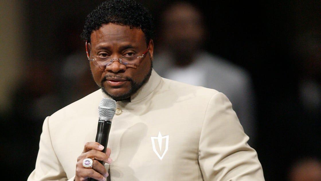 bishop eddie long accused abuse fourth alleged story