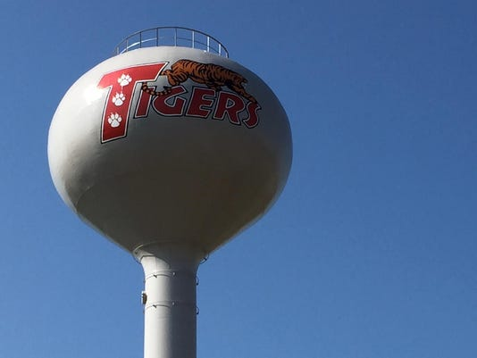 Bethel water tower photo