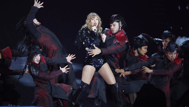 Taylor Swift Reputation Tour Launch Star Shows She S Ready For It
