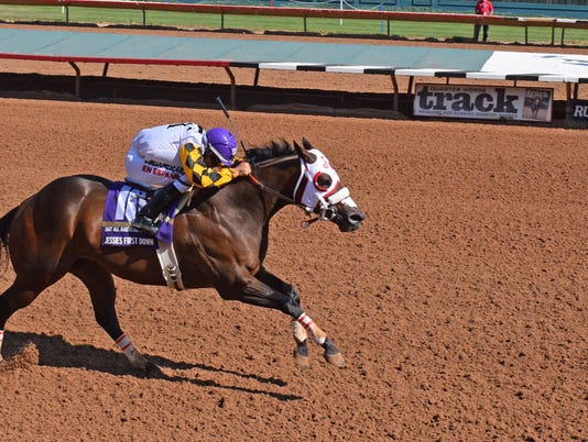 636400671496782928-AA-Goldcup---Jessies-First-Down-10.jpg
