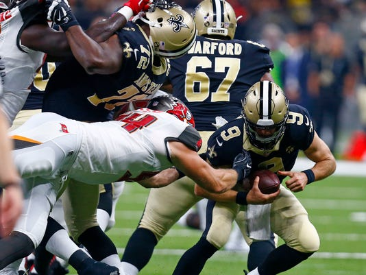Buccaneers_Saints_Football_89994.jpg