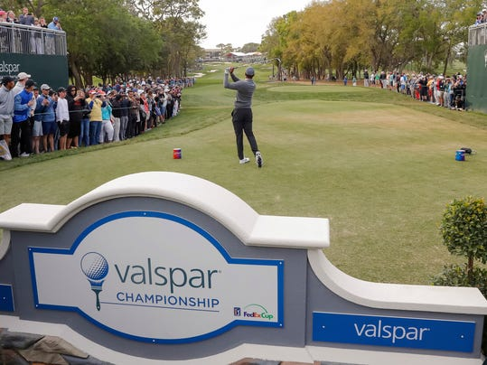 Tiger Woods tees off on the 18th hole during the first round of the Valspar Championship golf tournament Thursday, March 8, 2018, in Palm Harbor, Fla. (AP Photo/Mike Carlson)