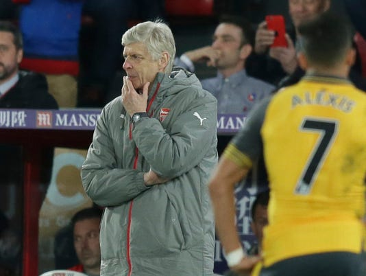 Arsene Wenger: Arsenal faces 'massive' challenge to reach top