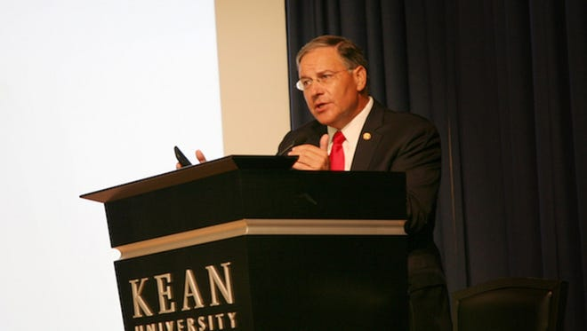Photo Caption:   Assemblyman Jon M. Bramnick (R-21) delivered the keynote address at Kean University's Ransomware Symposium on June 20.