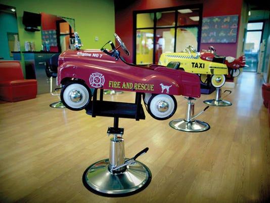 635792281368497747-Kids-chairs