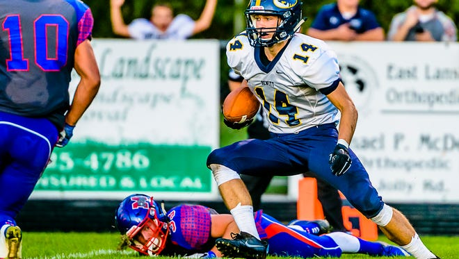 Alan Smith and DeWitt enter Week 5 ranked No. 10 in Division 3 in the latest high school football rankings.