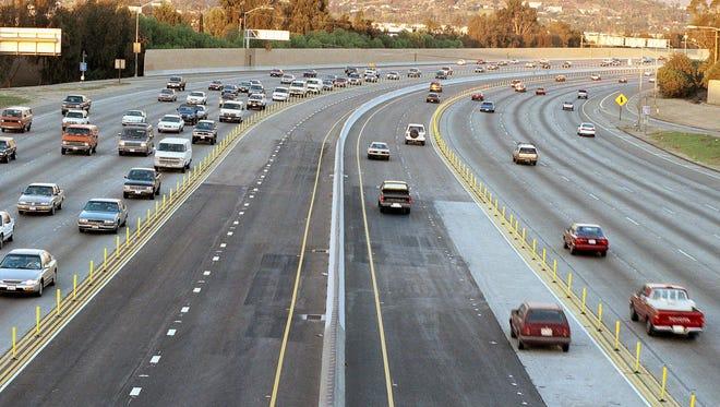 Commuters on the Riverside Freeway in January 1996.