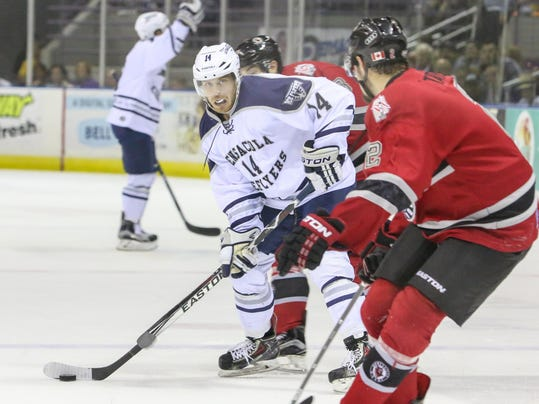 2016-0414-iceflyers-huntsville-playoff-round1-game1-0001