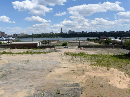 The 18.7-acre former Hess Corp. terminal site at 615 River Road in Edgewater.